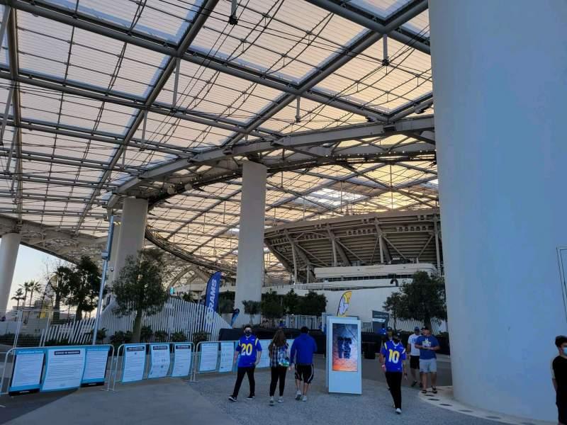 Vista sentada para SoFi Stadium Secção entry 10