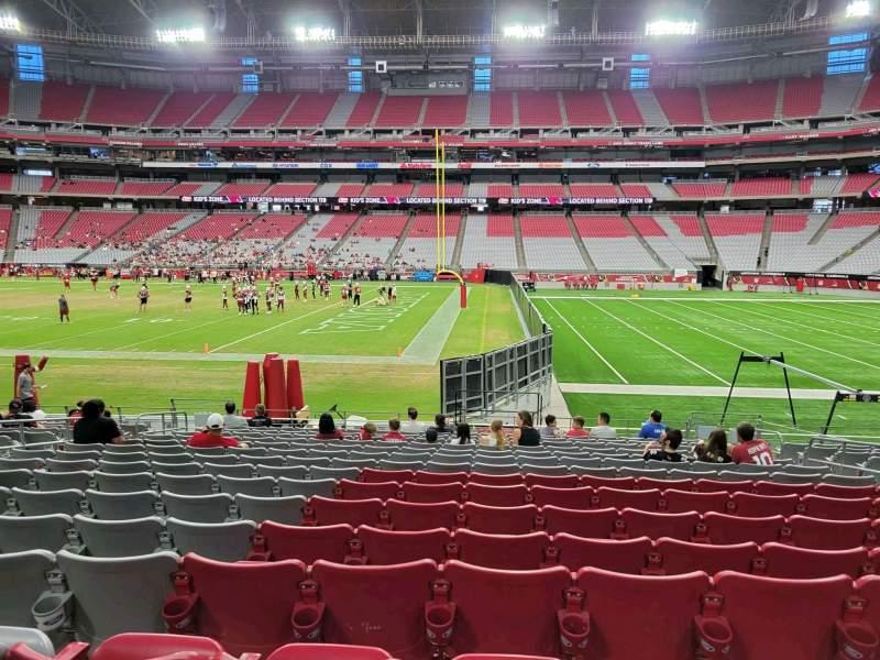 Vista sentada para State Farm Stadium Secção 128 Fila 15 Lugar 8