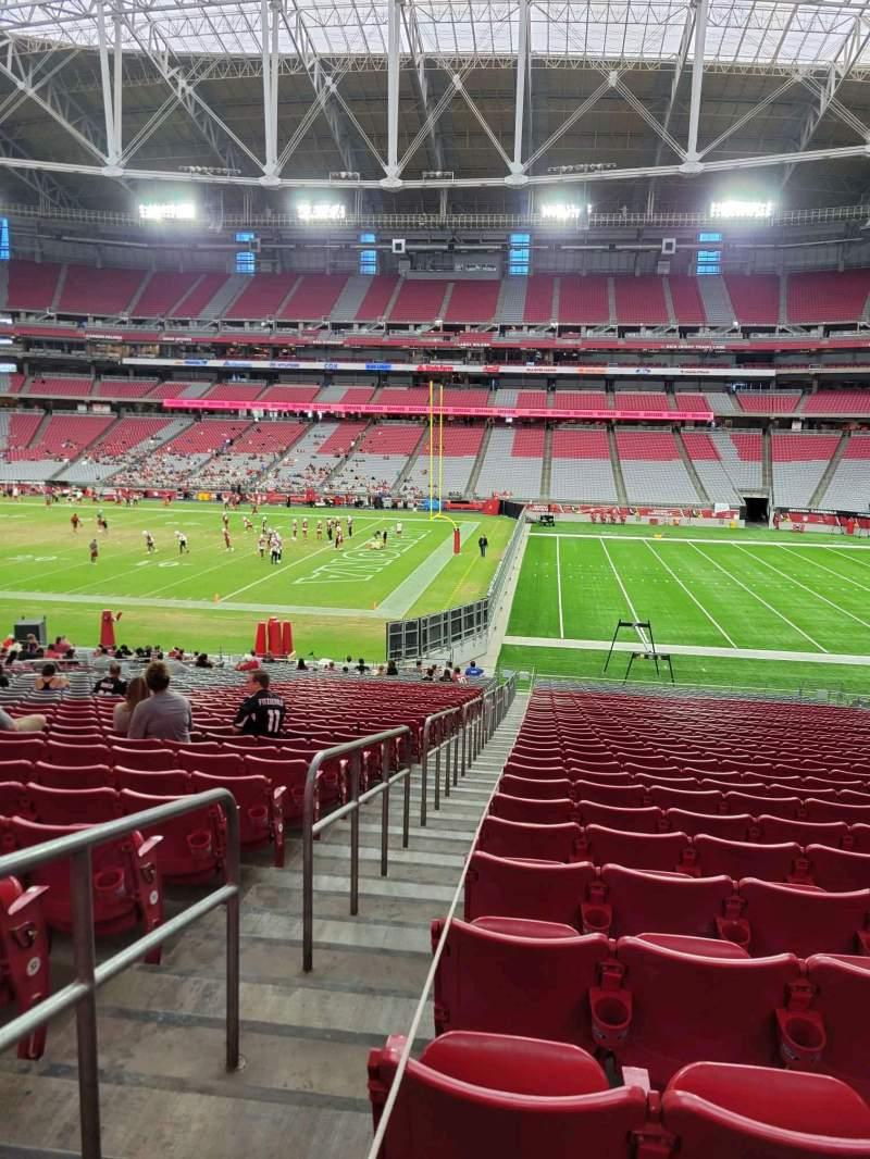 Vista sentada para State Farm Stadium Secção 127 Fila 35 Lugar 18