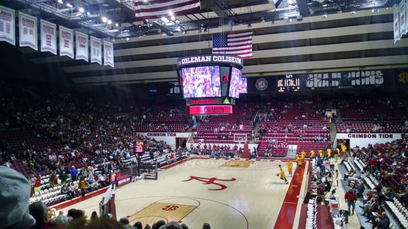 Vista sentada para Coleman Coliseum Secção J Fila 21 Lugar 2
