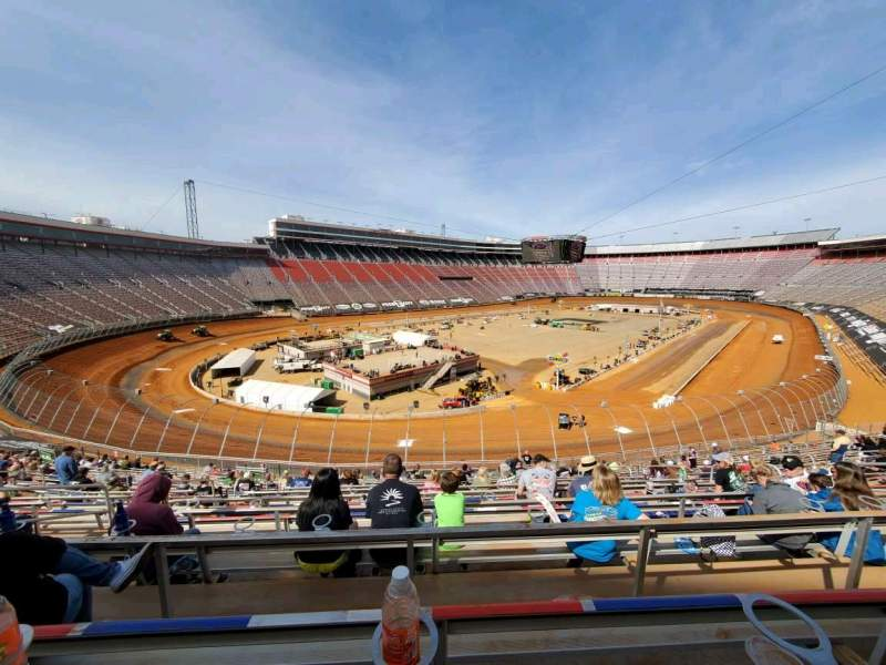 Vista sentada para Bristol Motor Speedway Secção Waltrip H Fila 30 Lugar 10