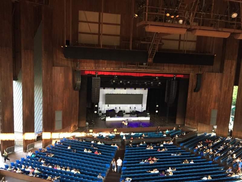 Vista sentada para The Mann Secção Balcony Box 10 Fila 1 Lugar 2