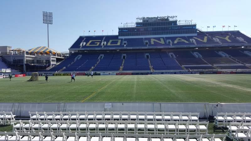 Vista sentada para Navy-Marine Corps Memorial Stadium Secção 29 Fila E Lugar 1