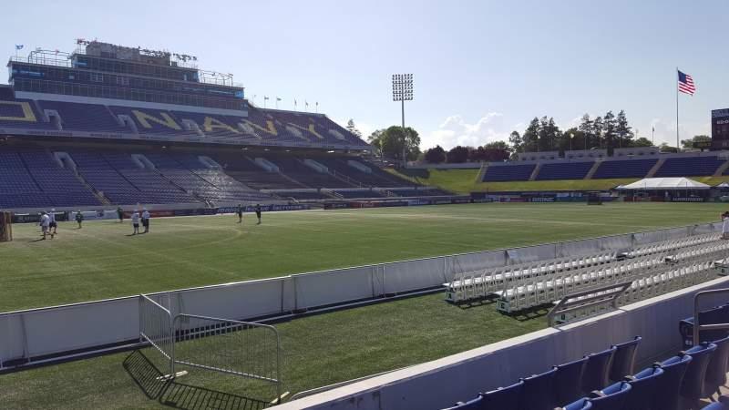 Vista sentada para Navy-Marine Corps Memorial Stadium Secção 30 Fila E Lugar 1