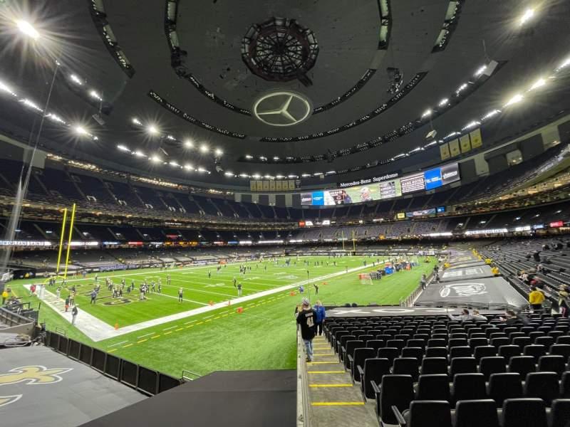 Vista sentada para Mercedes-Benz Superdome Secção 121 Fila 23 Lugar 22