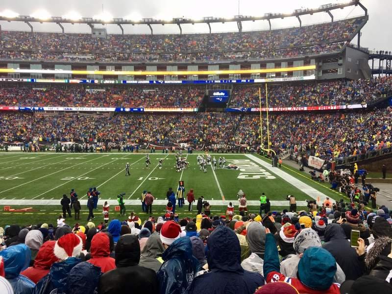 Vista sentada para Gillette Stadium Secção 106 Fila 20 Lugar 8