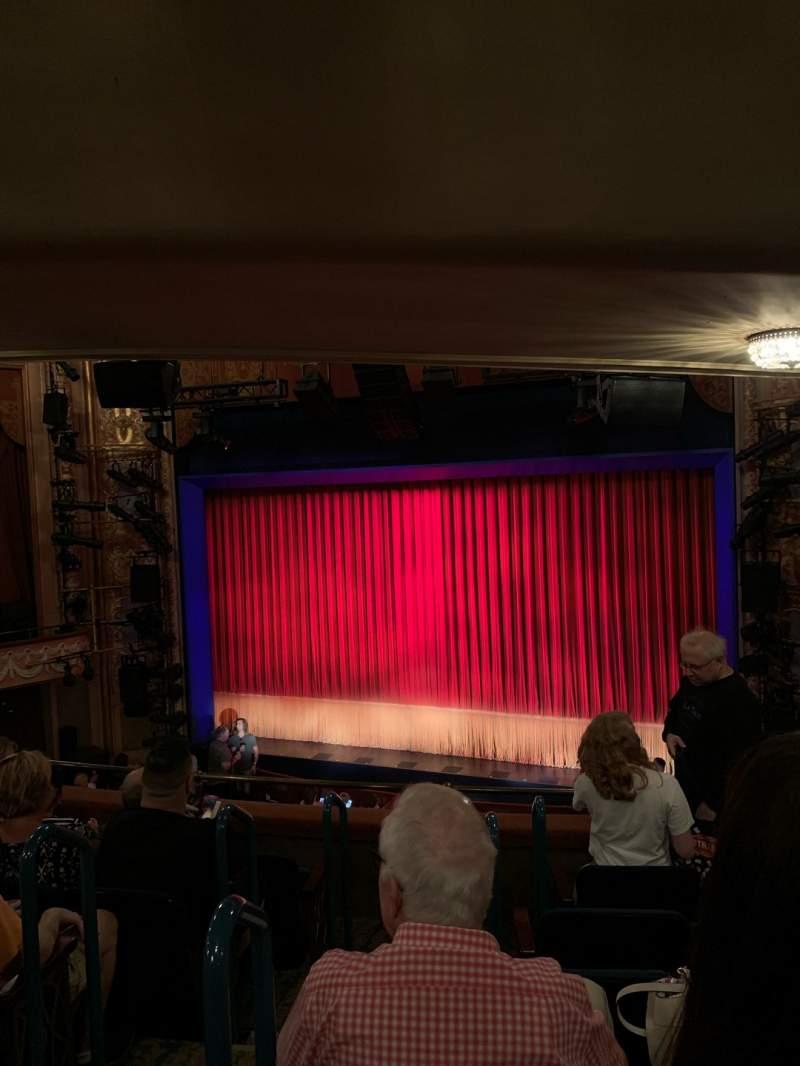 Vista sentada para Longacre Theatre Secção Mezzanine R Fila F Lugar 3