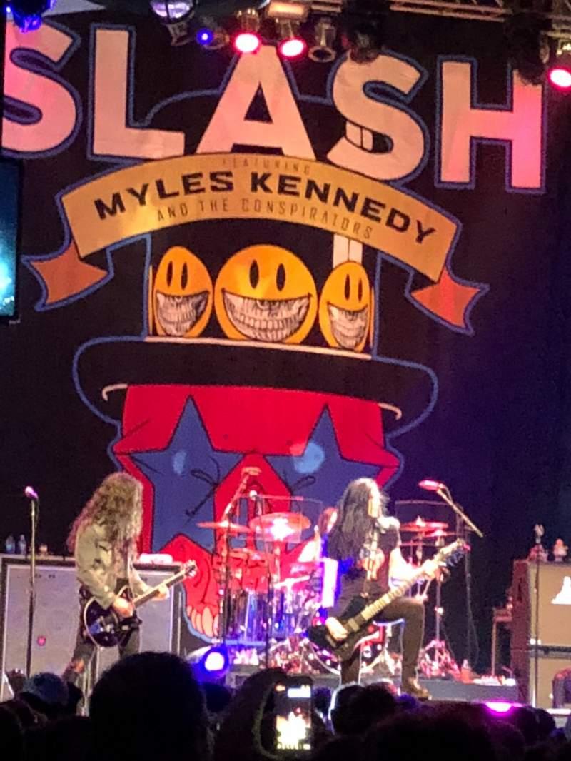 Slash ft. Myles Kennedy & The Conspirators