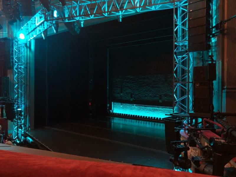 Vista sentada para Broadhurst Theatre Secção Mezzanine R Fila A Lugar 20