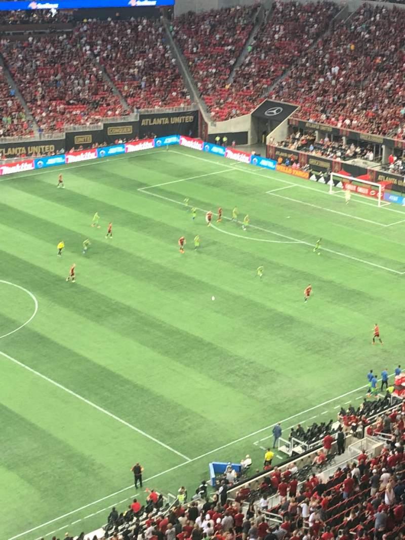 Vista sentada para Mercedes-Benz Stadium Secção 343 Fila 1 Lugar 3