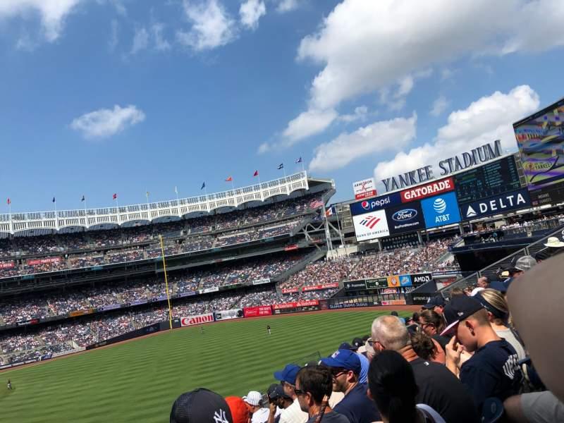 Vista sentada para Yankee Stadium Secção 206 Fila 7 Lugar 15