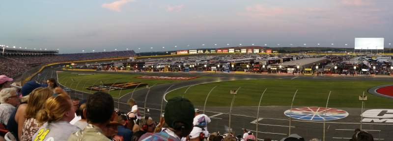 Vista sentada para Charlotte Motor Speedway Secção General Motors G Fila 23 Lugar 30