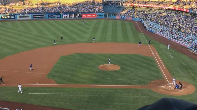 Vista sentada para Dodger Stadium Secção 11RS Fila E Lugar 10