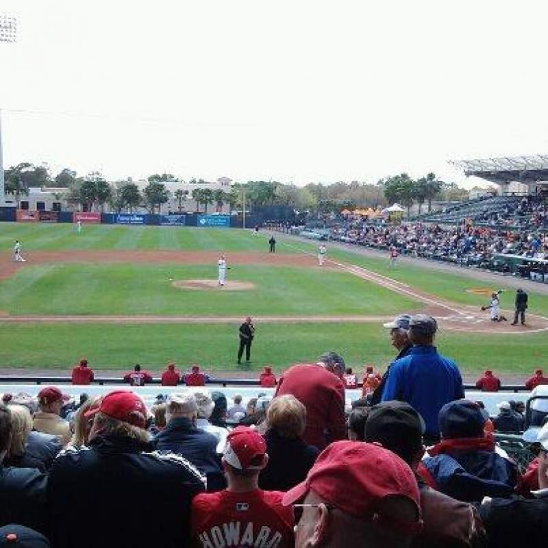 Vista sentada para Ed Smith Stadium Secção 217 Fila 11 Lugar 3