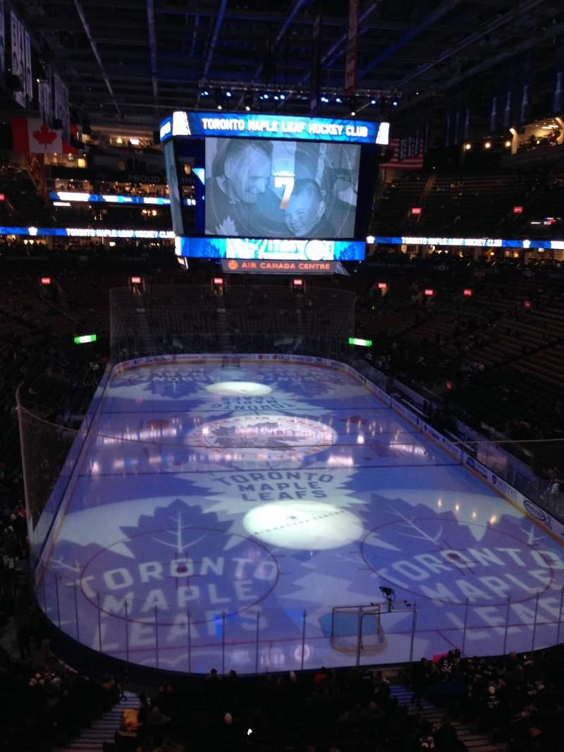 Vista sentada para Scotiabank Arena Secção 304 Fila 1 Lugar 3, 4