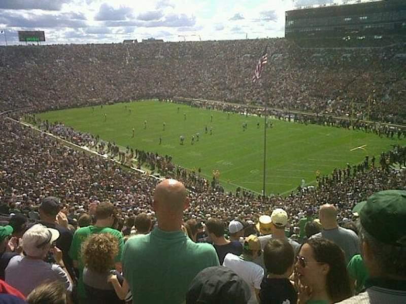 Vista sentada para Notre Dame Stadium Secção 105 Fila 19 Lugar 1