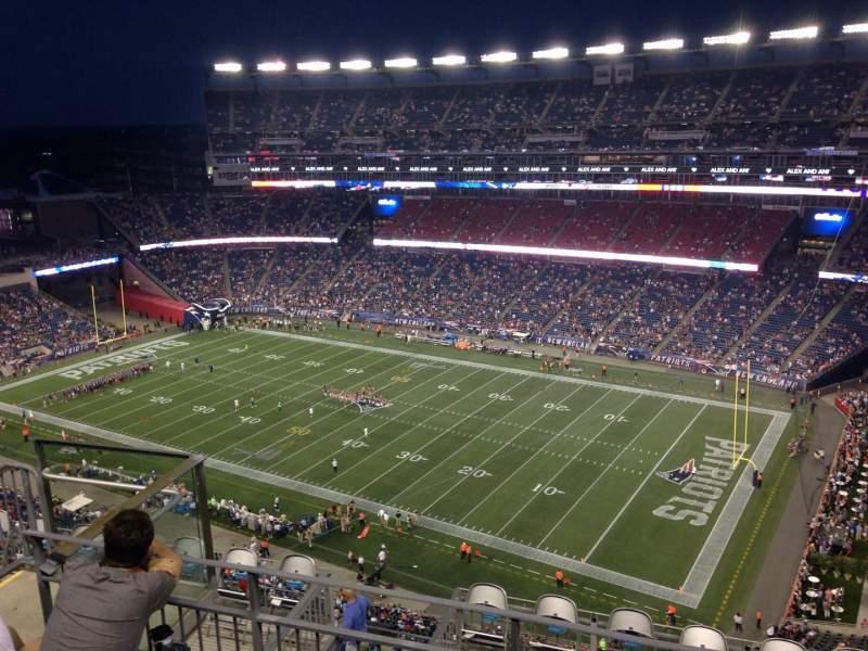 Vista sentada para Gillette Stadium Secção 326 Fila 11 Lugar 15