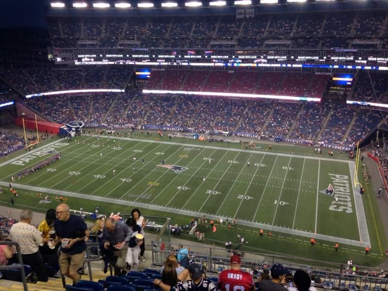 Vista sentada para Gillette Stadium Secção 328 Fila 16 Lugar 20