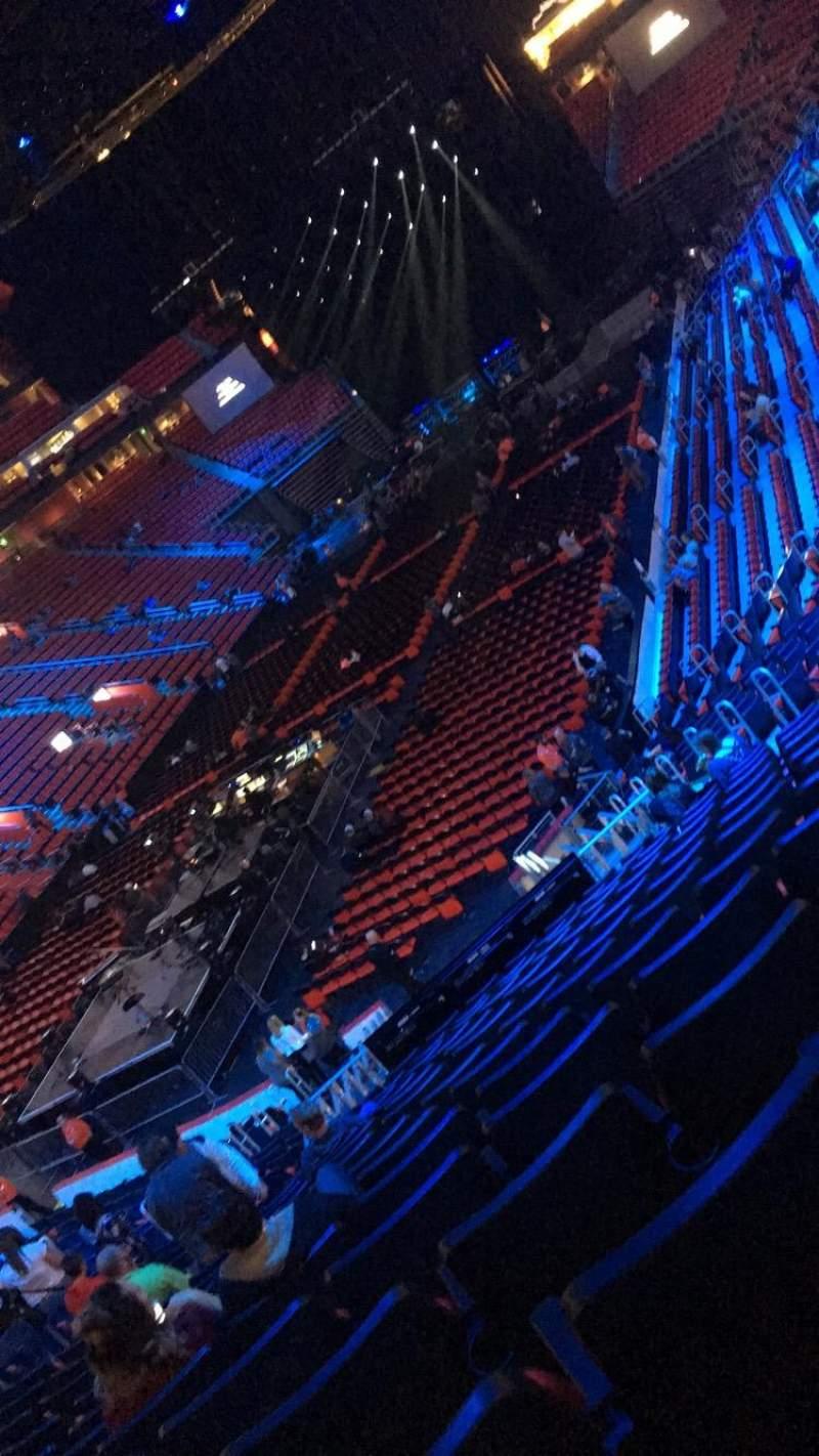 Vista sentada para Little Caesars Arena Secção 114 Fila 23 Lugar 12