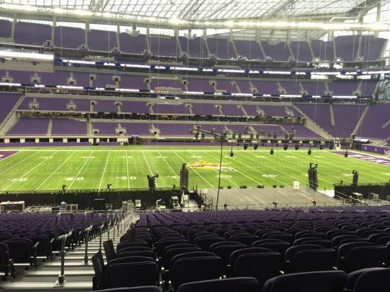 Vista sentada para U.S. Bank Stadium Secção V4 Fila 37 Lugar 29