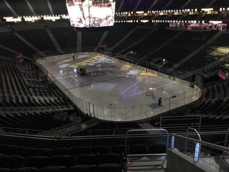 Vista sentada para T-Mobile Arena Secção 118 Fila G Lugar 13