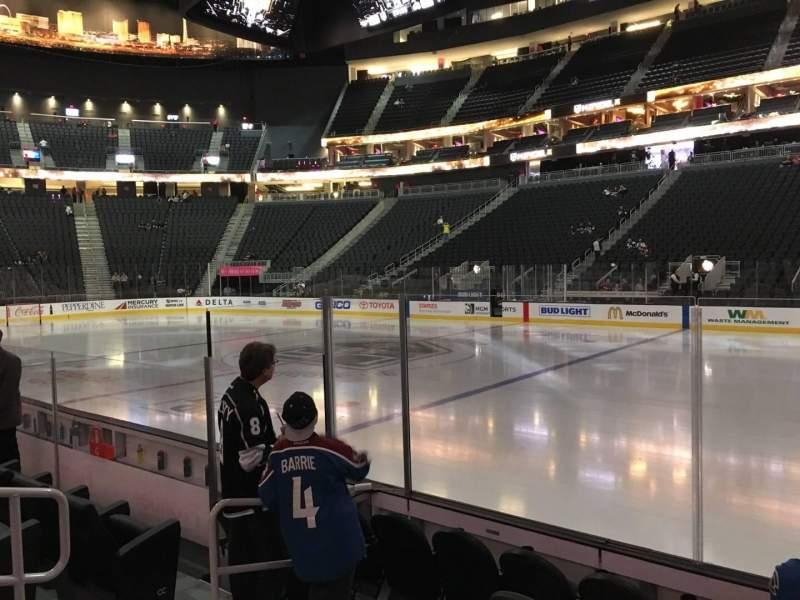 Vista sentada para T-Mobile Arena Secção 7 Fila B Lugar 6