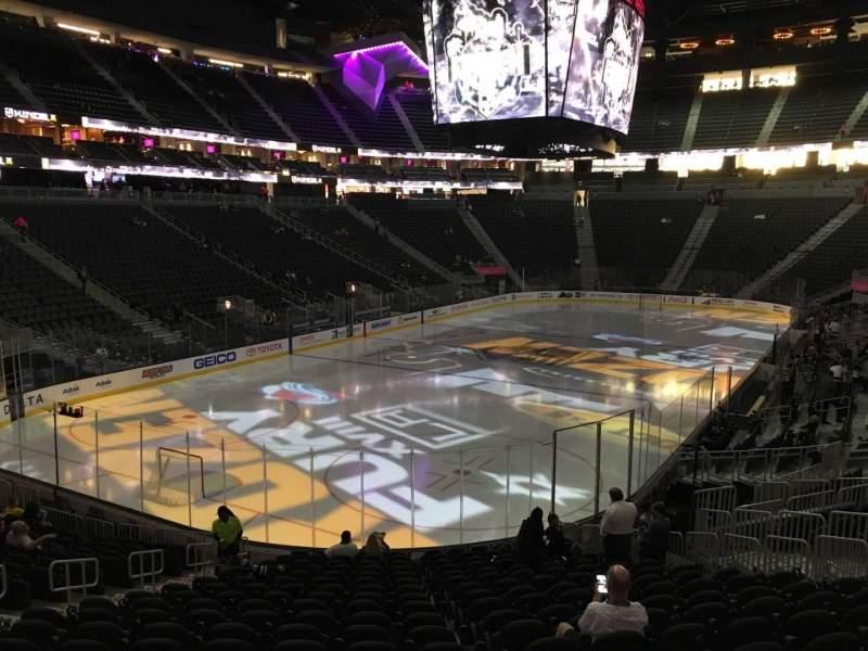 Vista sentada para T-Mobile Arena Secção 2 Fila T Lugar 10