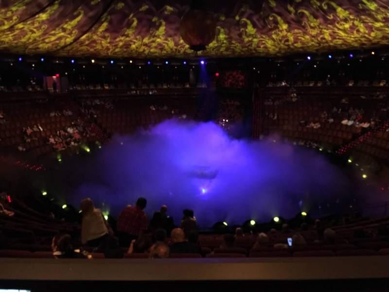 Vista sentada para Wynn Theatre Secção E Fila L Lugar 15
