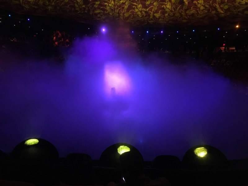 Vista sentada para Wynn Theatre Secção D Fila C Lugar 10
