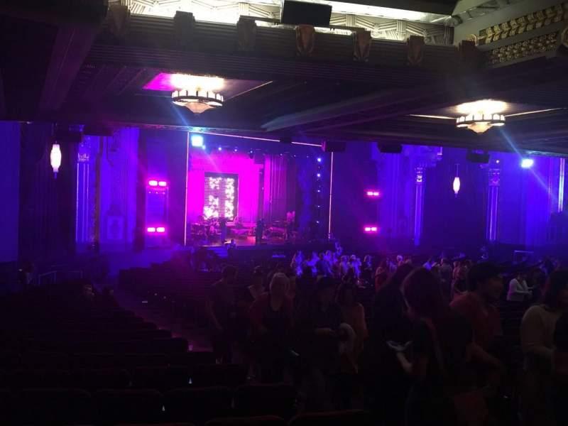 Vista sentada para Hollywood Pantages Theatre Secção Orchestra L Fila Uu Lugar 7