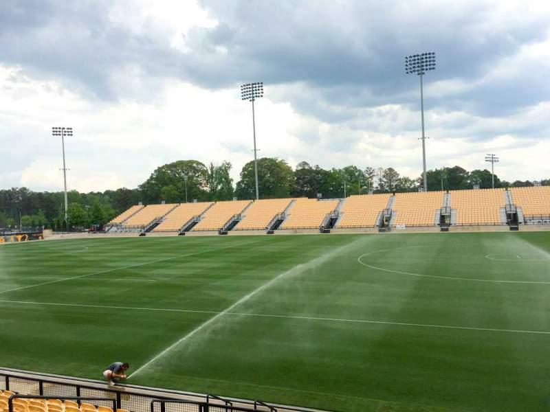 Vista sentada para Fifth Third Bank Stadium Secção 109 Fila L Lugar 10