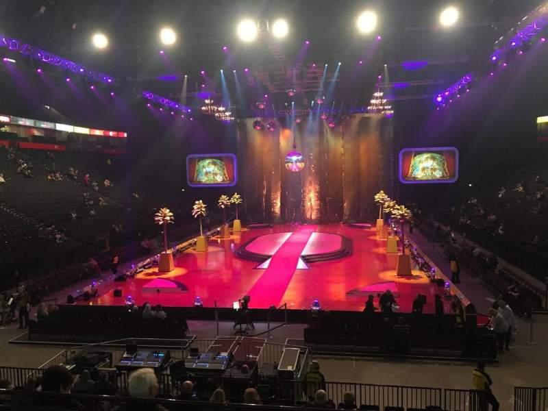 Vista sentada para Manchester Arena Secção 109 Fila P Lugar 10