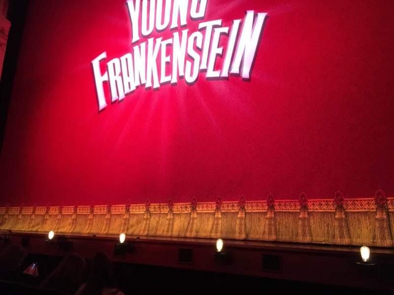 Vista sentada para Garrick Theatre Secção Stalls Fila B Lugar 1