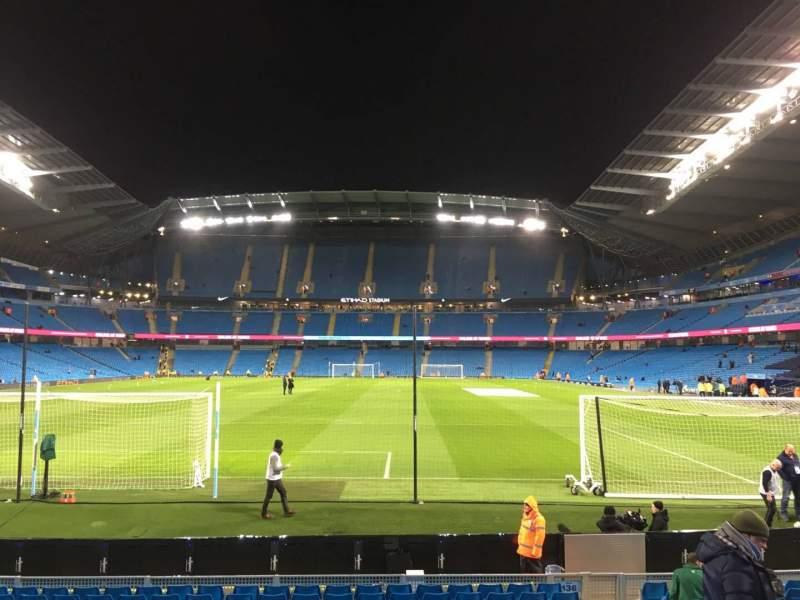 Vista sentada para Etihad Stadium (Manchester) Secção 136 Fila N Lugar 1000