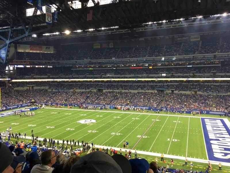 Vista sentada para Lucas Oil Stadium Secção 337 Fila 5 Lugar 1