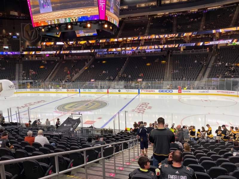Vista sentada para T-Mobile Arena Secção 7 Fila P Lugar 2