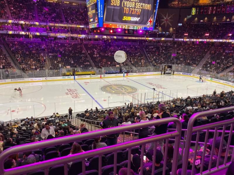 Vista sentada para T-Mobile Arena Secção 14 Fila Wc Lugar 3
