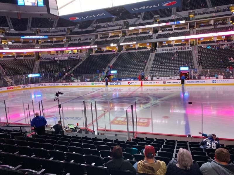 Vista sentada para Ball Arena Secção 124 Fila 12 Lugar 6