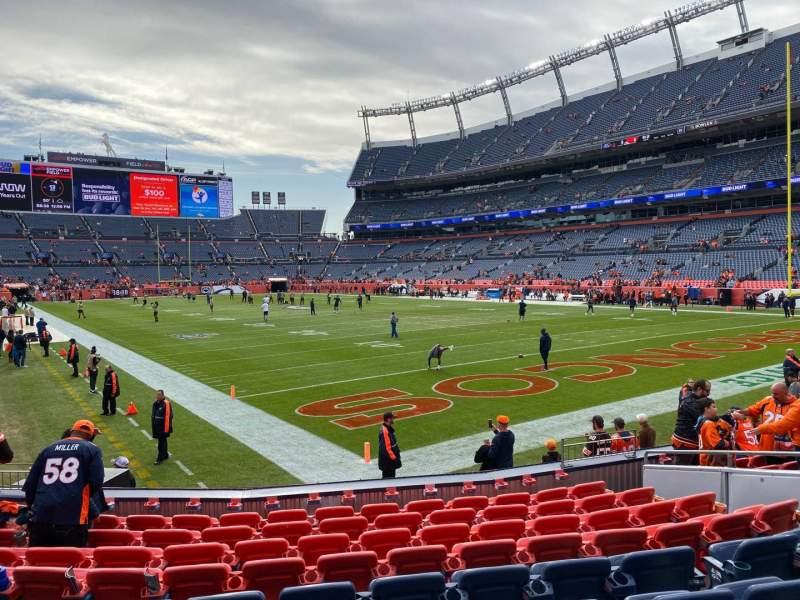 Vista sentada para Empower Field at Mile High Stadium Secção 117 Fila 10 Lugar 10