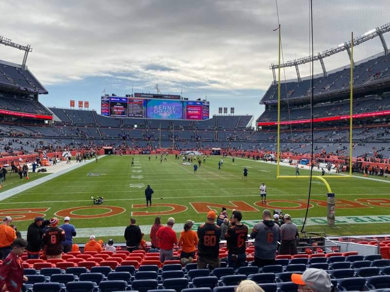 Vista sentada para Empower Field at Mile High Stadium Secção 115 Fila 14 Lugar 12