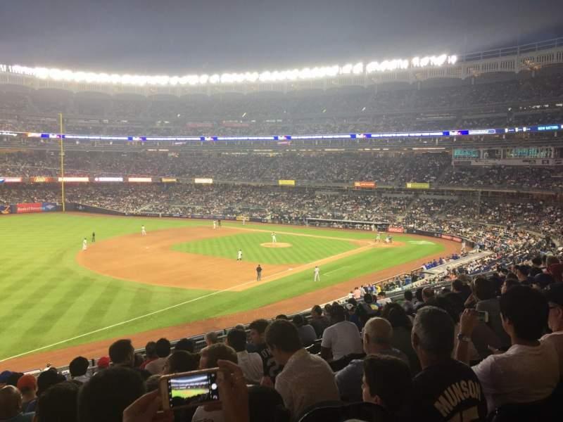 Vista sentada para Yankee Stadium Secção 229 Fila 10 Lugar 5