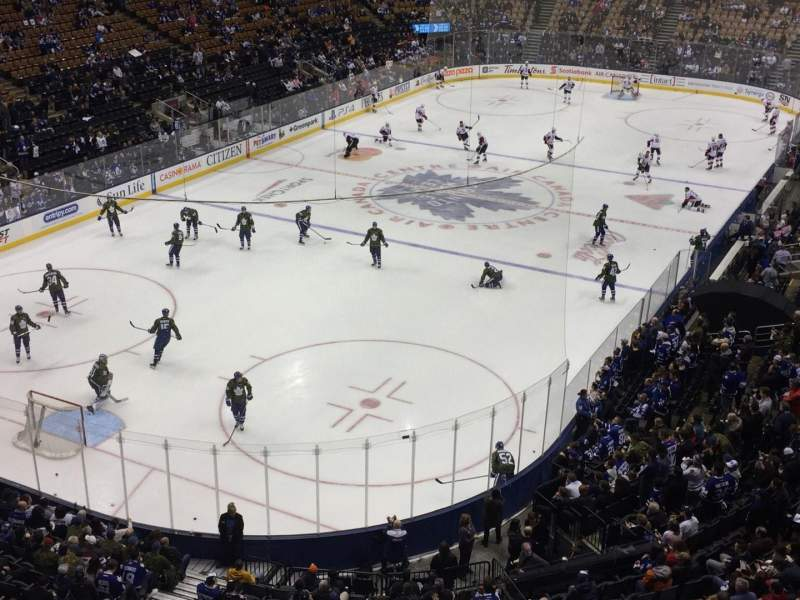 Vista sentada para Scotiabank Arena Secção 301 Fila 1 Lugar 15