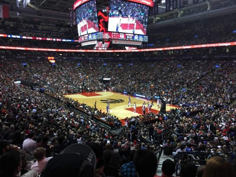 Vista sentada para Scotiabank Arena Secção 105 Fila 25 Lugar 4