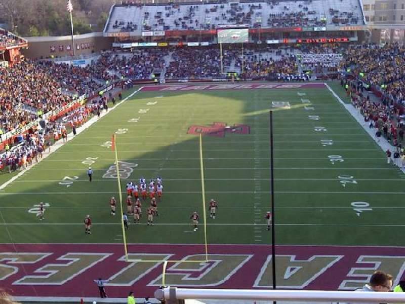 Vista sentada para Alumni Stadium Secção XX Fila 11 Lugar 15