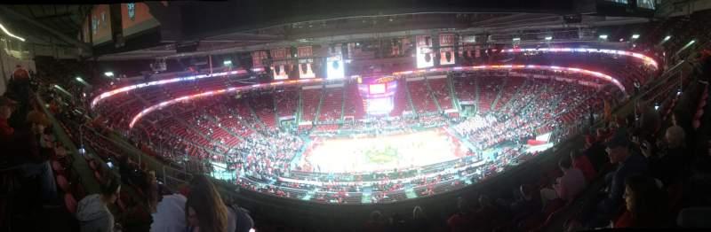 Vista sentada para PNC Arena Secção 324 Fila J Lugar 11