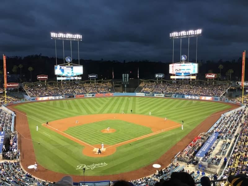 Vista sentada para Dodger Stadium Secção 2RS Fila G Lugar 9