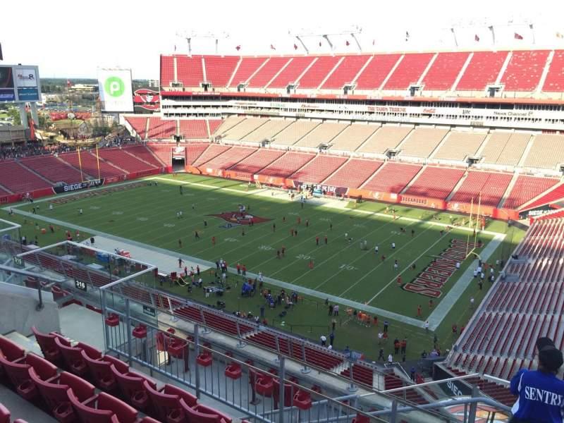 Vista sentada para Raymond James Stadium Secção 316 Fila E Lugar 24