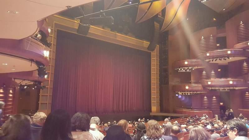 Vista sentada para Cobb Energy Performing Arts Centre Secção L-Orch Fila W Lugar 27