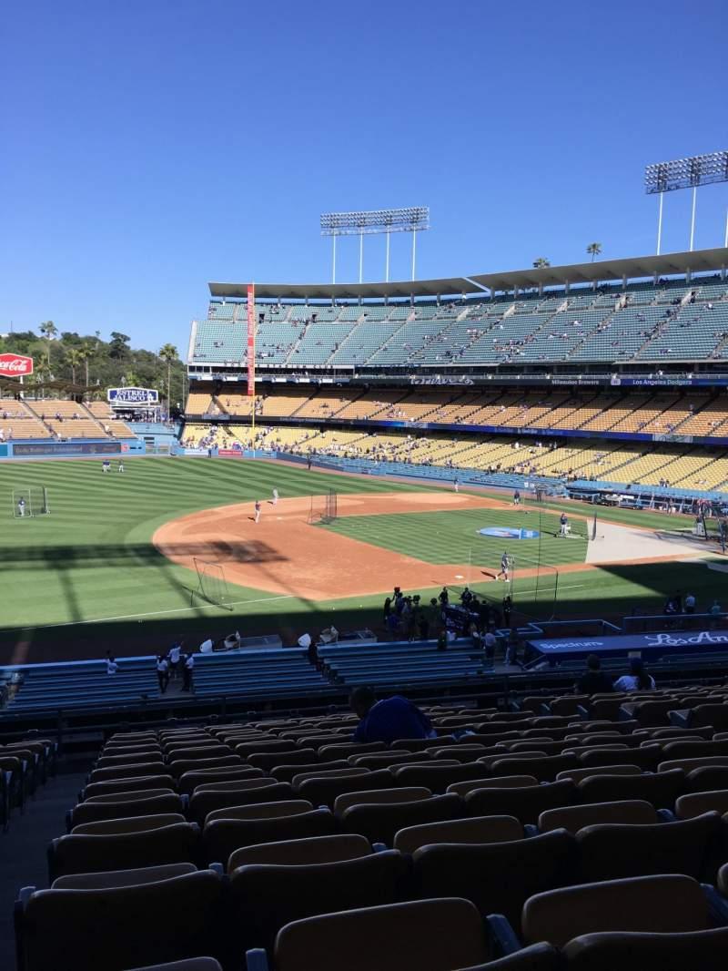 Vista sentada para Dodger Stadium Secção 143LG Fila N Lugar 8