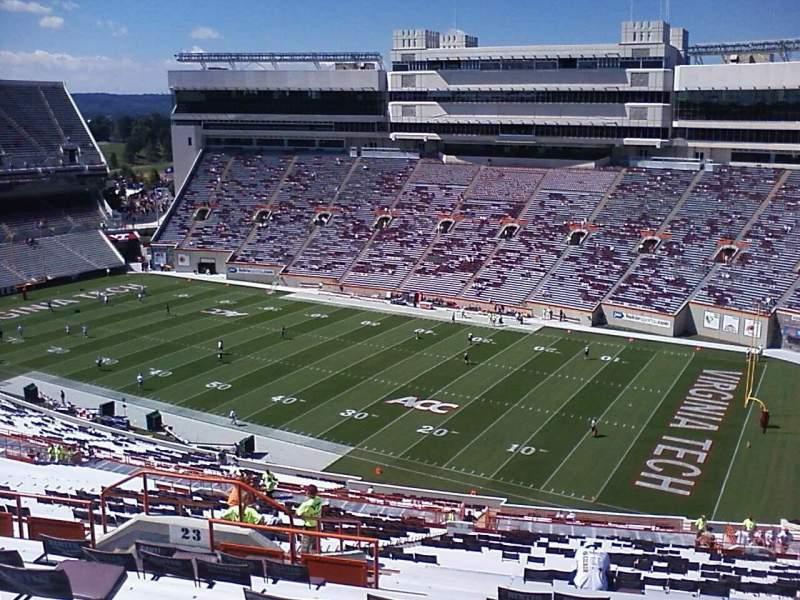 Vista sentada para Lane Stadium Secção 23